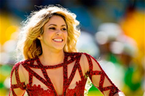 famous hispanic people shakira shakira gave the peak of the second son знаменитости