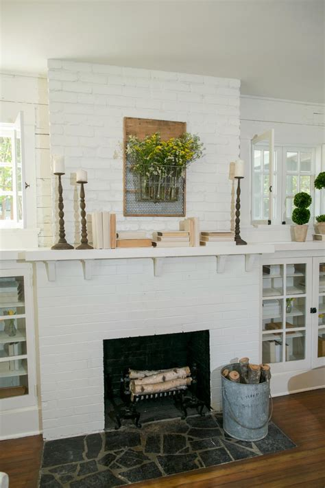 Old Hgtv Decorating Shows Fixer Upper Freshening Up A 1919 Bungalow For Empty