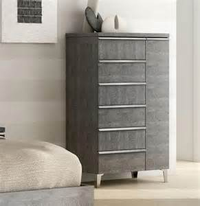 size of bedroom furniture sets chest drawers narrow