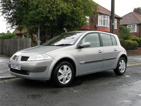 renault megane 2003 renault megane 1 6 i photos and comments www picautos com