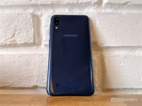 samsung m10 samsung galaxy m10 review a well built phone that does the basics