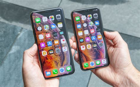 iphone xs and xs max benchmarked world s fastest phones again