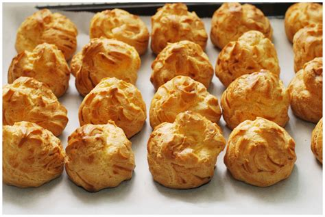 choux paste pastry  bakery