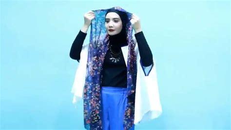 tutorial kerudung pashmina zaskia sungkar tutorial hijab zaskia sungkar pashmina floral style youtube
