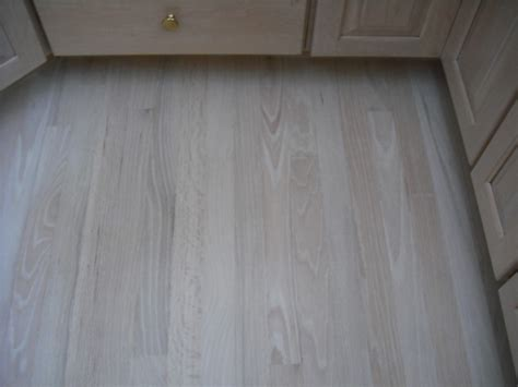 bleached oak floors oak bleached white stain 6 coats of water base