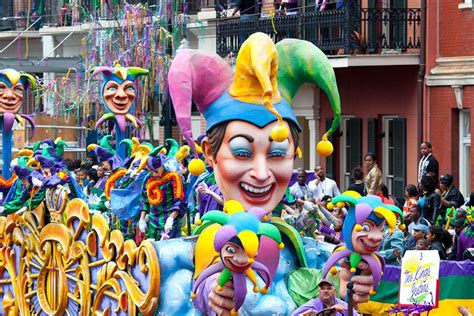 large mardi gras a tuesday parade new orleans style on wrti