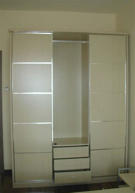 Wardrobe Closet With Sliding Doors by China Bedroom Closets Bedroom Wardrobes China Sliding