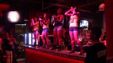 bull n barrel coyote ugly style bar top dance youtube
