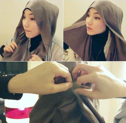tutorial hijab pashmina satin ala dian pelangi tutorial hijab dengan scarf satin segiempat khas hana tajima