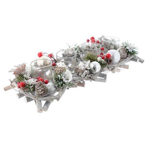 centrotavola con bicchieri centrotavola natalizio e avvento con 4 bicchieri e bacche