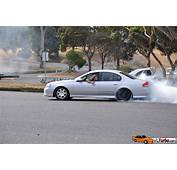Silver Falcon Ripping A Burnout With Stockies  VLTurbocom