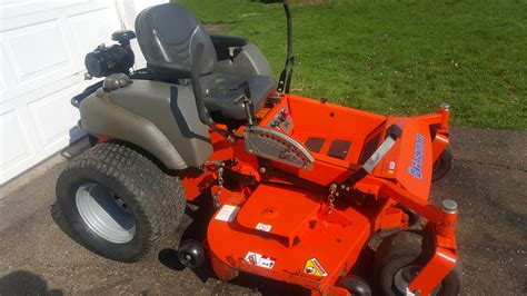 husqvarna commercial  turn mower  hours