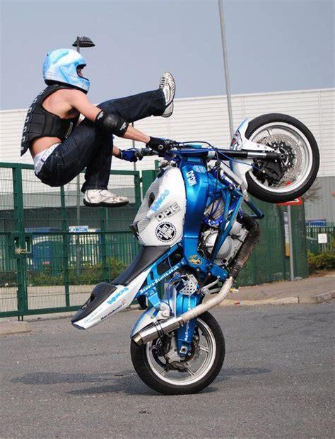 Motorrad Stunts by Bike Stunt Need For Speed Adrenalin