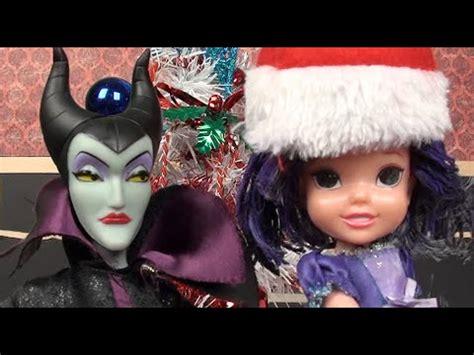disney descendants kidnapping frozen elsa anna mal anna and elsa toddlers christmas list adventure