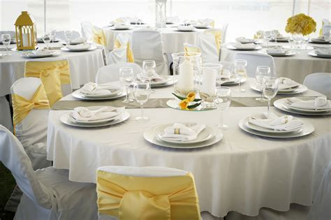 white decor tent wedding fresh white and yellow wedding decor