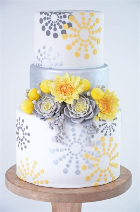 yellow and silver wedding cakes 17 best images about bake cakes on owl cakes