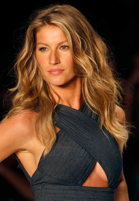 Gisell Top gisele bundchen s husband tom brady posts touching note as she retires from the runway
