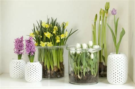 Simple Vase Centerpieces Spring Decorating Ideas Refresh Your Home With Spring
