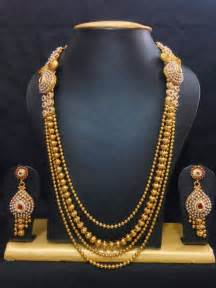 traditional haram jewelry set in high gold polish with red