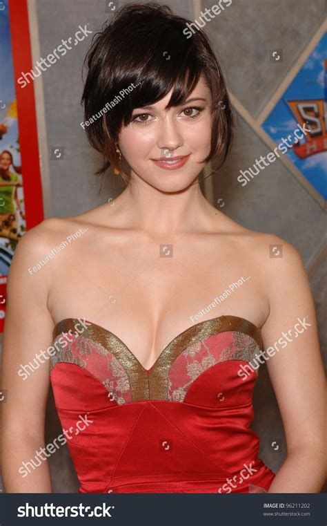 actress sky high actress mary elizabeth winstead world premiere stock photo