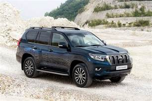 Toyota Land Cruiser Association Toyota Facelifts Land Cruiser Suv For 2018 At Frankfurt