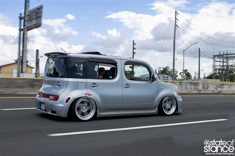 Don T Be A Square Nissan Cube State Of Stance