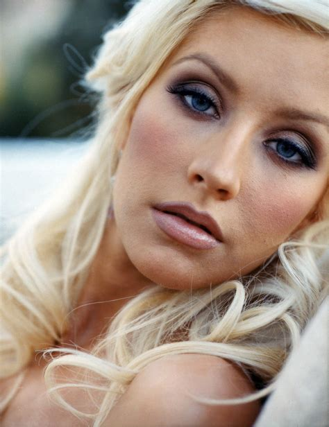 christina s wallpaper christina aguilera