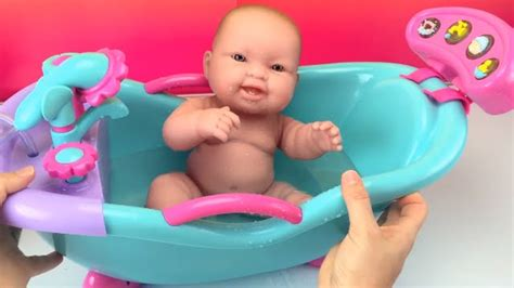 baby doll bathtub new baby dolls bathtub toy w sounds shower how to bath a baby doll toys videos