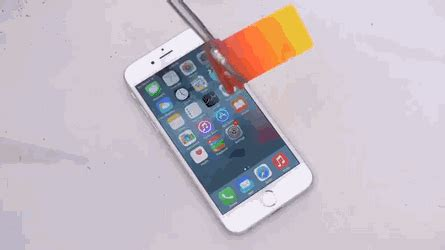 format gif di iphone molten aluminium on an iphone gif create discover and