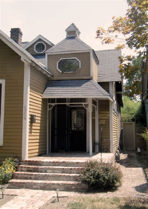 The Cottages Indianapolis by Wth Weds The Forbidden Cottage Historic Indianapolis
