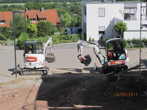 Garten Und Landschaftsbau Coburg by Coburger Firma Uwe Knauer Gartenbau Landschaftsbau Team Maschinen Coburg