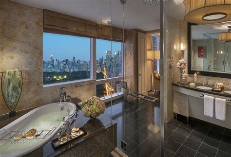 bathroom in central park the world s most amazing skylines from hotel bath tubs