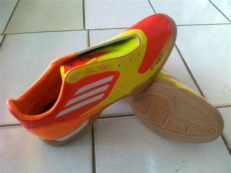 Harga Adidas F50 Original sepatu futsal adidas original terbaru