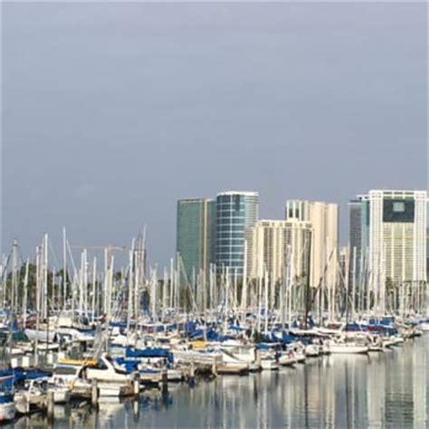 ala moana boat harbor ala wai boat harbor 39 photos parking 1651 ala moana