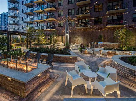 Apartments Outside Chicago Amli Lofts 850 S Clark St South Loop Yochicago