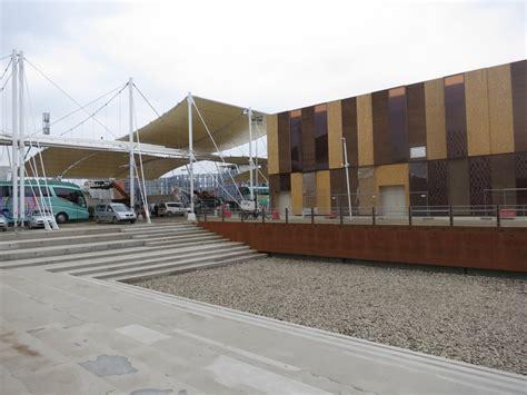 intesa via corso roma expo presentazione padiglione intesa sanpaolo