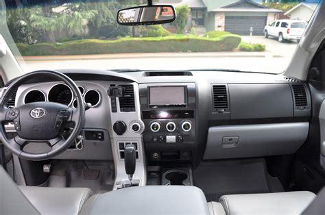 Toyota Sequoia Interior 2008 Toyota Sequoia Interior Pictures Cargurus