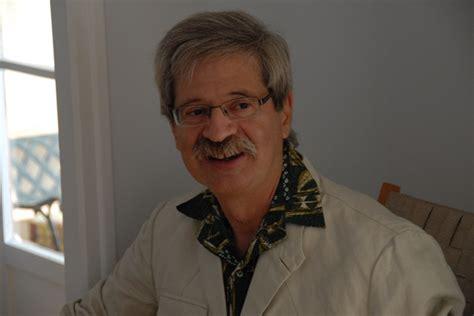 Bernard Granger by Dr Bernard Granger P 233 Diatre Papeete