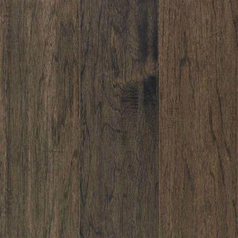 Mohawk Engineered Hardwood Flooring Mohawk Take Home Sle Steadman Greystone Hickory Engineered Scraped Hardwood Flooring 5 In
