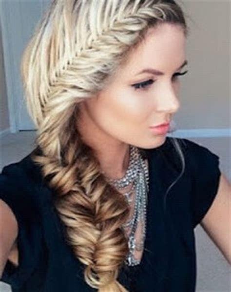 peinados en trenzas con pelo largo paperblog looks con trenzas de espiga cabello largo fiestas