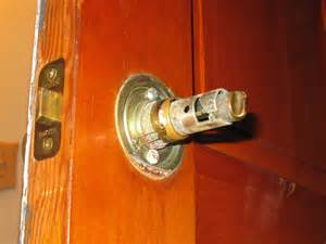 remove a door knob that has no screws mike s tech