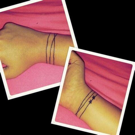 tattoo wrist line squigly line around wrist bracelet tattoo permanently