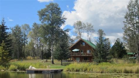 http www 100 mile house log homes com rods girls western bc log home for sale on acreage with private lake