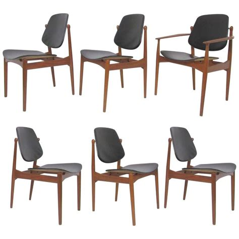 Arne Vodder Dining Chairs Set Of Six Arne Vodder Teak And Leather Dining Chairs And Daverkosen For Sale At
