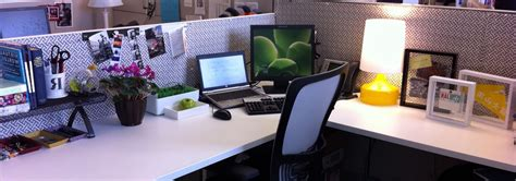 office desk decoration ideas cubicle decorations for keep away the boring stuffs