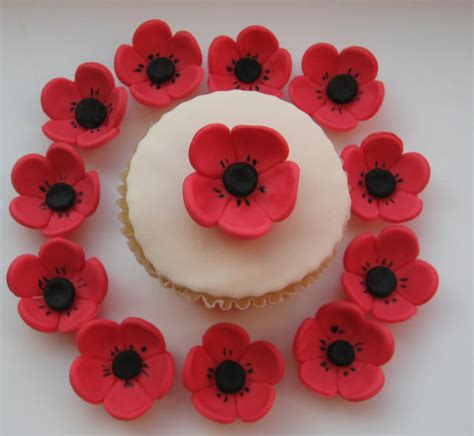 Edible Cake Decorations by Edible Sugar Icing Poppy Flower Cupcake Cake Decorations