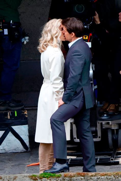 Tom Cruise Cuddling by Tom Cruise Kisses The Crown S Kirby In
