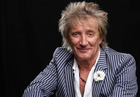 Queen Elizabeth Dog by Rod Stewart Given British Knighthood Best Classic Bands