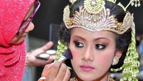 Make Up Di Pengon Surabaya raddin make up wedding gallery di surabaya garnesia
