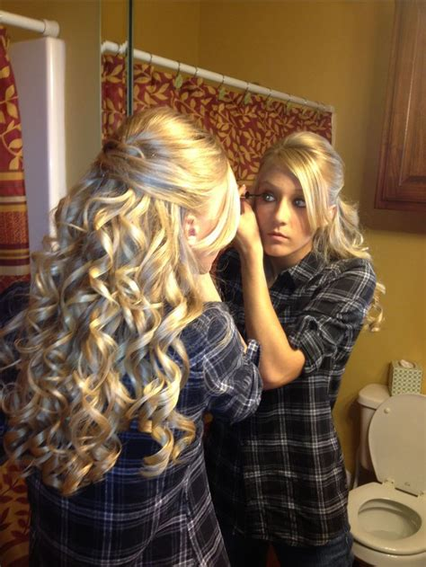 homecoming hairstyles front and back best 25 curly prom hairstyles ideas on pinterest curly